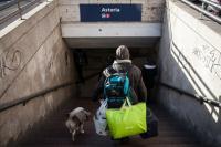 """""""Csak a kutya miatt adnak"""" – 19 évesen hajléktalanként élni"""